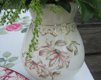 Tea Table Vase, Porcelain, Pink and Gilt