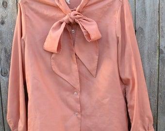 Womens Samon neck tie blouse Bobbi Brooks M