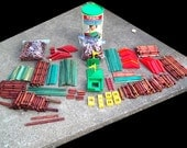 650 Pieces Vintage Lincoln Logs Old Original style all wood and some old newer style. listed below. - KentuckyTrader