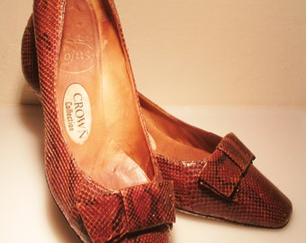 1960s lotus crown collection leather snake skin shoes with bows