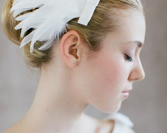 "Bridal Hair Fascinator, Wedding feather hair piece, - ""Ella"""