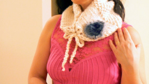 White knitted neckwarmer. Handmade winter women scarf. Chic accessory. Chunky knitted scarf. White knitted neckwarmer.