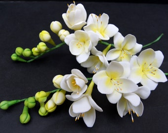 Gumpaste Freesia, Sugar Flower