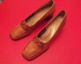 "Sale size 7 1/2B  Florsheim Women brown shoes heels genuine  leather, 1 3/4""heels comfortable shoes"