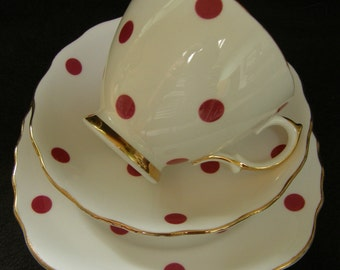 VINTAGE 1950's Royal Vale POLKA DOT raspberry red trio in excellent condition, several available.