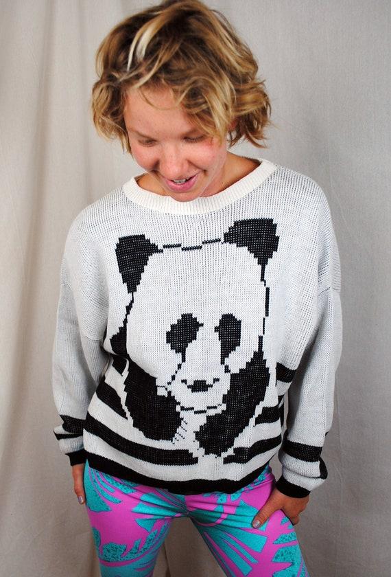 Sweet Vintage 80s Panda Bear Knit Sweater