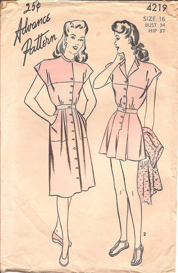 1940s Womens Playsuit - Advance 4219 Vintage Sewing Pattern - 34 Bust - Colorblocked Romper and Skirt