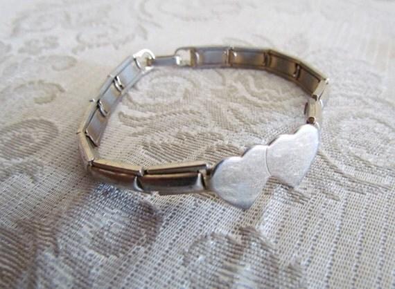 Vintage 1940s Sweetheart Expansion Bracelet