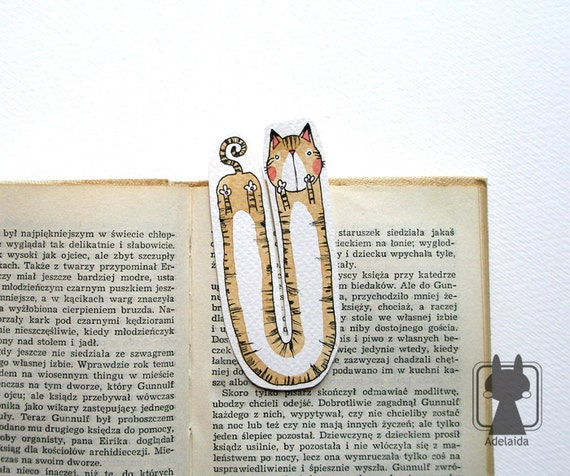 Bookmark with a brown tabby cat - hand painted, two-sided, watercolor - U-cat