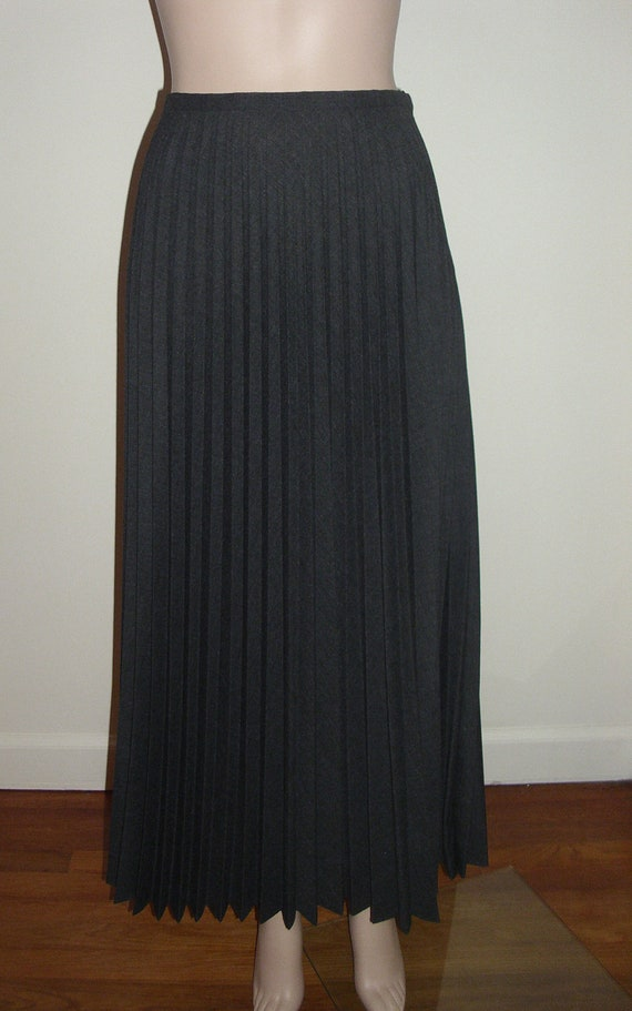 vintage accordion pleat maxi skirt by vintageclothingstore