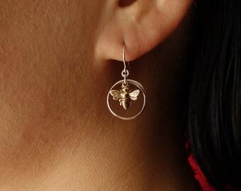 Bee Earrings, Honey Bee Earring Drop Earrings, Silver, Circle Earrings,Bridesmaid Gift, Dangle Earrings, Hoop, Wedding,