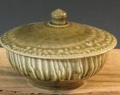 Small Green Stoneware Pottery Lidded Casserole (YCP244)