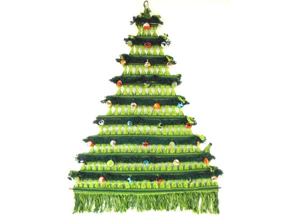 folk art christmas tree wall hanging colombian string weaving. Black Bedroom Furniture Sets. Home Design Ideas
