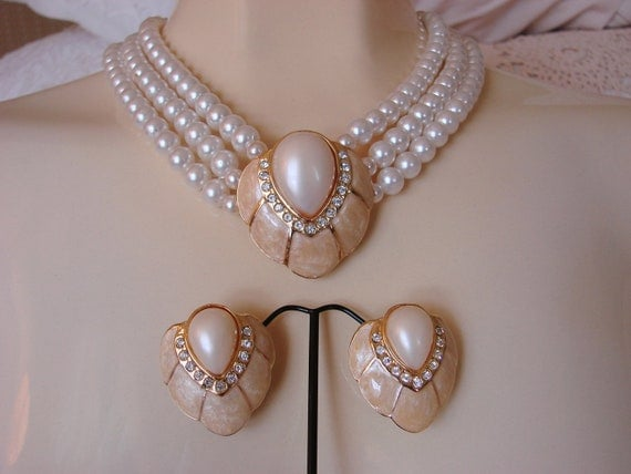 80s Demi Parure (Enamel, Rhinestones, Pearl) Necklace & Earrings
