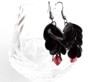 Red and black earrings made of recycled plastic bottle gothic earrings sustainable jewelry upcycled earrings eco jewellery goth earrings