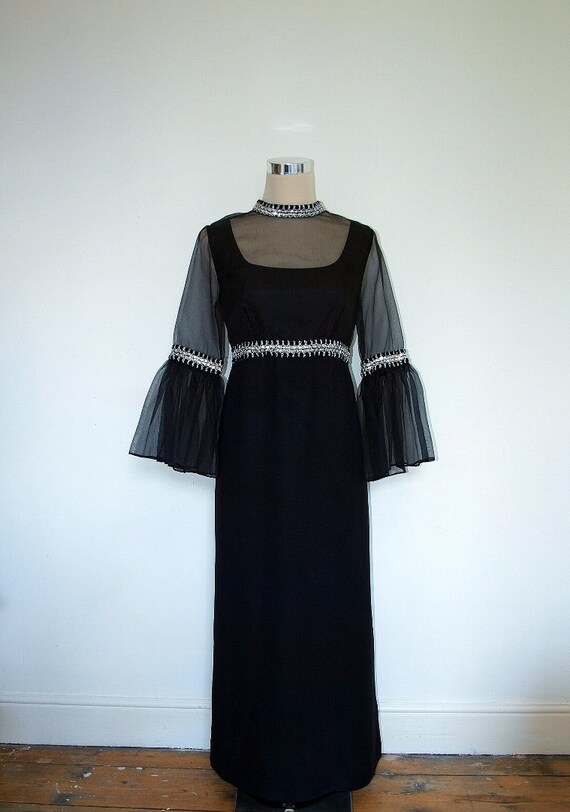 Vintage Dress by Laura Phillips / Empire line dress / 60s 70s / Cocktail dress / Black  and silver / Vintage dress / Maxi evening gown