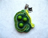 Longing for Bergamot - a soutache pendant - KapitanAlice
