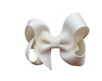 3 inch Ivory hair bow - ivory bow, hair bows, girls bows, girls hair bows, baby bows, toddler hair bows, boutique bows, 3 inch hair bows