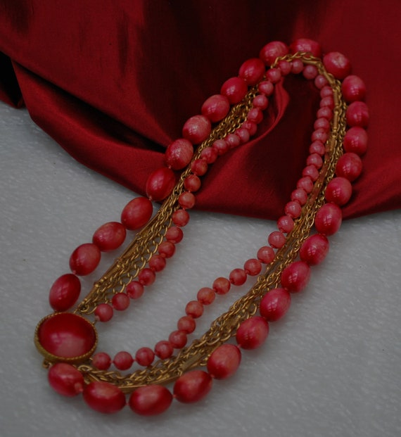 Vintage Multi strand Bead and Gold chain necklace