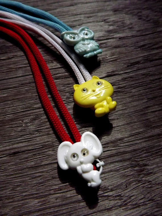 Eyeglass Lanyard Vintage Cat or Mouse Leash Chain