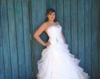 Fairytale Wedding Dress with Organza Ruffles Slimming and Flattering Style