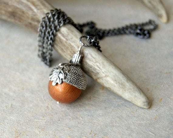 Acorn Necklace - Woodland Fashion - gift under 50