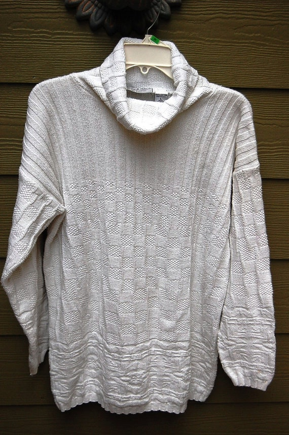 Baggy White Sweater Baggy Crew Neck Sweater Baggy Black Sweater Baggy Cable Knit Sweater Baggy Cardigan Sweater White Sweater White And Warren Sweaters White Cotton Sweater White Summer Sweater. Stay in the Know! Be the first to know about new arrivals, look books, sales & promos! Company. About Us.