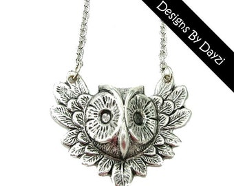 Silver Labyrinth Harry Potter Owl Charm Necklace
