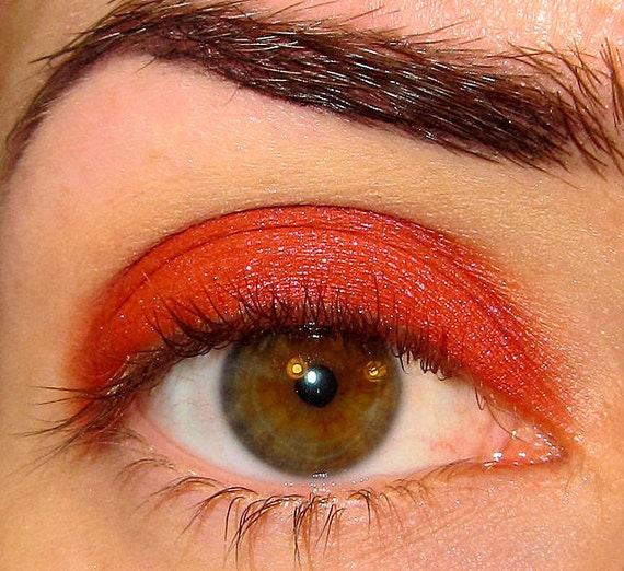 Ho Ho Hoe Eyeshadow (Medium Dark Sexy Red with shimmer) Mineral makeup Sobe Holiday Collection MineralEyez Eye shadow Eyeliner