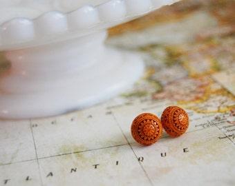 scandinavian posts - vintage orange and brown folk earrings - fair isle