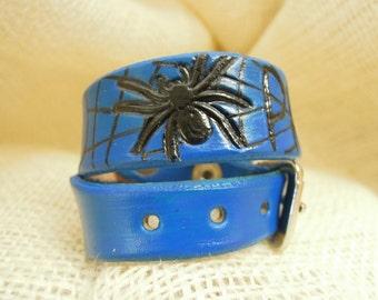 Spider Web Leather Collar Neon Blue