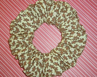 Tiny Gingerbread Men Hair Scrunchie, Christmas Ponytail Holder, Holiday Hair Tie