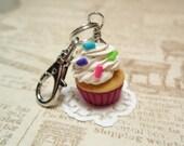 Cupcake Charmer - Handmade Charm from My Bead Garden