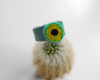 Felted Candy Ring . Green Spot