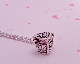 Pandora's Box Vintage Alloy Mini Heart Locket Box with 18 Inch Chain