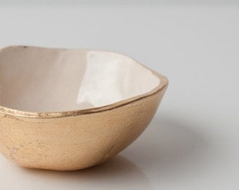 Small Gold Bottom Dish