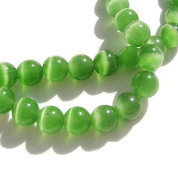 Green Cats Eye Round Beads 8mm 26ct