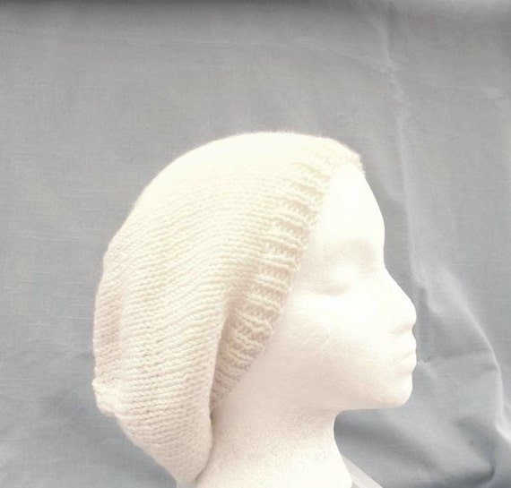 Knit Beanie Slouch White acrylic Beret  Hat  Medium/large  4542