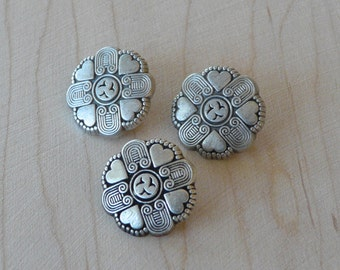 Heart Antique Silver Detailed Quilt Buttons Small   F18