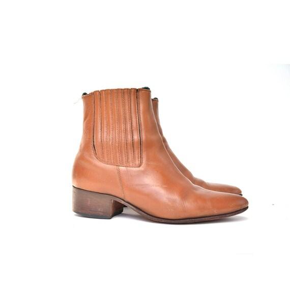 size 8.5 mens CHELSEA boots 42