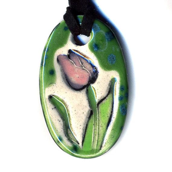 Tulip Ceramic Necklace in Green SMALL