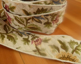 Double Sided Trim in Tapestry Design