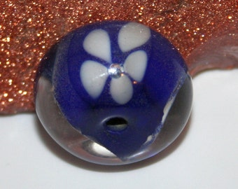 handmade lampwork glass bead blue flower