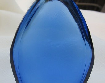 Antique Perfume Bottle (Cobalt189)