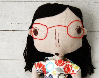 Rag Doll, Fabric Doll, Custom Doll, Custom Portrait Doll, Handmade Rag Doll, Girl Doll, Personalized Doll, Doll with Glasses, Cloth Doll