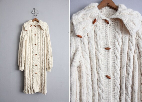 1970s vintage long heavy cable knit sweater