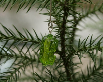 The Miniature Christmas Pickle ... tiny artisan lampwork holiday ornament  ... green pickle for your fairy garden  ... by simply cindy