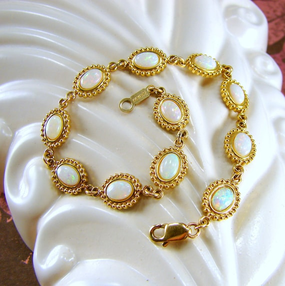 KREMENTZ White Opal Bracelet Rolled Gold Overlay Link Signed Vintage Jewelry