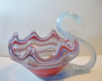 Sale Vintage - Art Glass - Graceful Swan - Center Piece - Vase - Home Decor