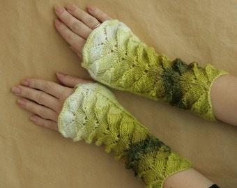 Free shipping, gift for her, Green-white melange Fingerless Gloves---wrist warmers---handmade---knitting
